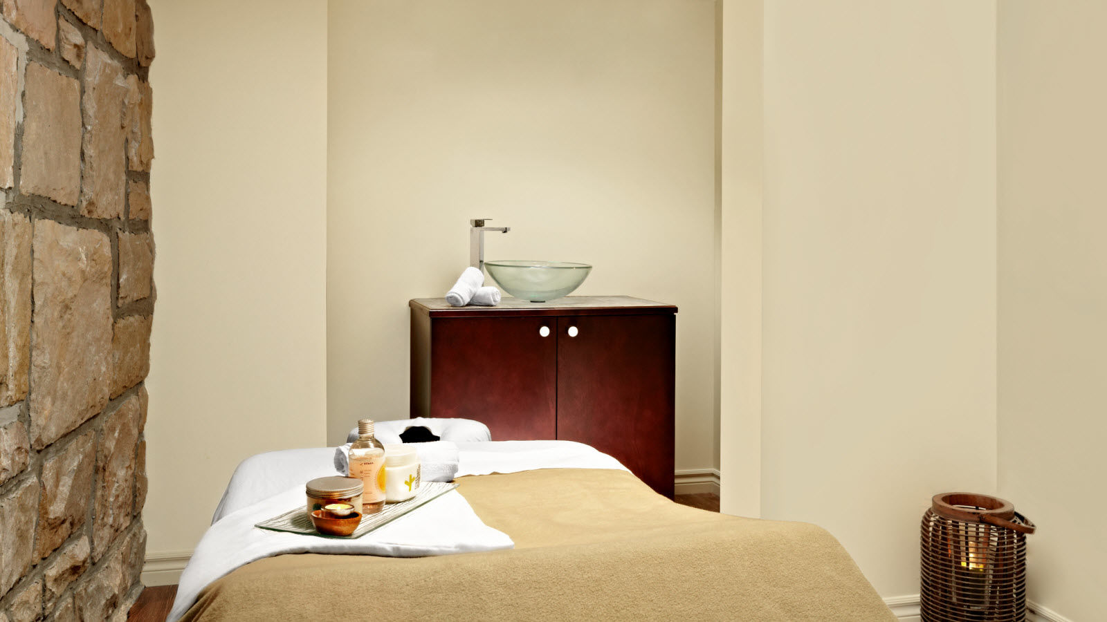 Hotel Features - Spa